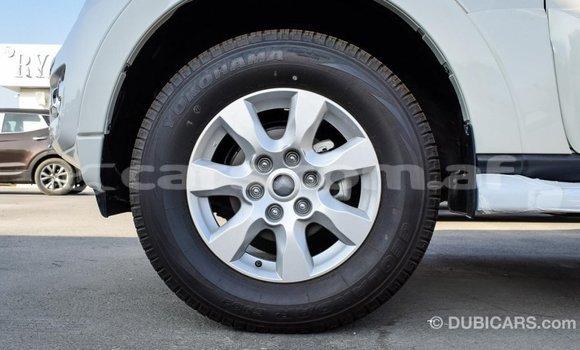 Buy Import Mitsubishi Pajero White Car in Import - Dubai in Badakhshan