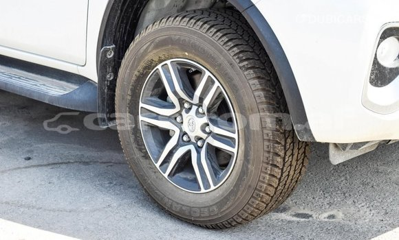 Buy Import Toyota Fortuner White Car in Import - Dubai in Badakhshan