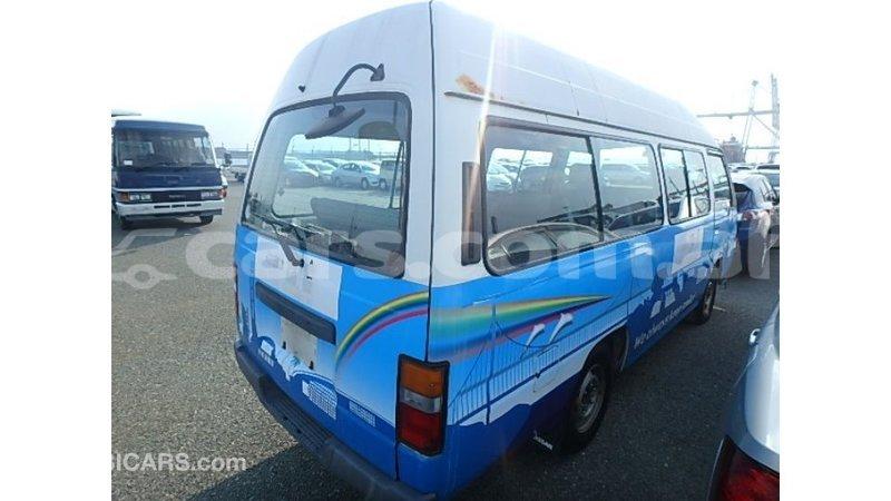 Big with watermark nissan caravan badakhshan import dubai 3802